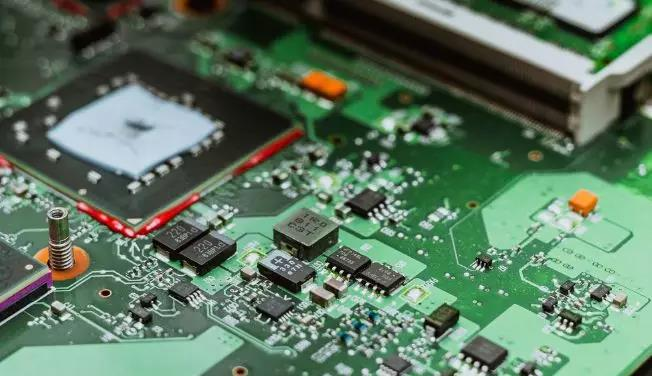 PCBA加工如何控制品质?